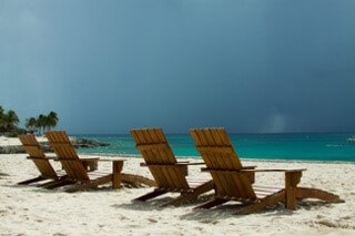 beach-chairs-494558_960_720.jpg