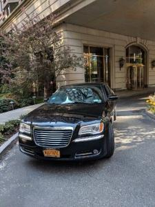 Convenience and Care With a Corporate Limo Service